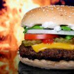 Mancarea fast-food creste riscul de astm sever la copii