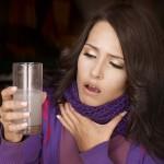 Mit sau adevar: gargara cu sare este eficienta sau nu pentru durerea in gat?