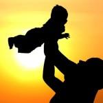 Ce efect are cresterea copilului asupra… sanatatii tatalui