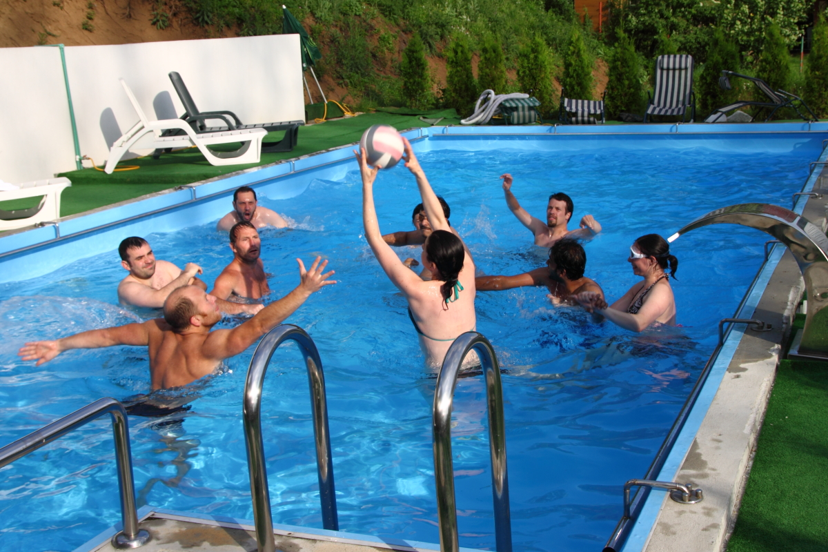 Reguli pentru sanatate ce trebuie sa faci la piscina for Deycon piscinas sa