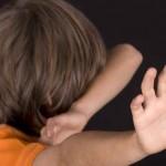 Solutie dupa un caz cutremurator. Copil maltratat la gradinita: avea urechile negre!