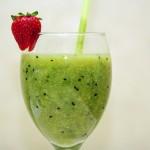 Retete sanatoase: smoothie gustoase pentru detoxifiere