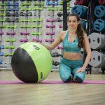 Antrenament fitball, cu Raluca Basu (VIDEO)